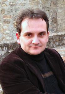 Автор - Марио Эскобар