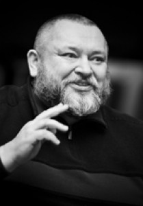 Автор - Геннадий Адамович