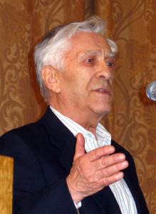 Зиновий Юрьев