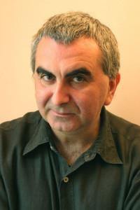 Автор - Тонино Бенаквиста