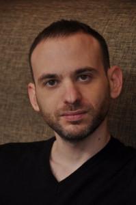 Автор - Cет Cтивенс-Давидовиц