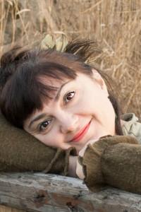 Автор - Олария Тойе