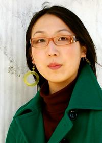Е. Лили Ю