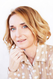 Автор - Лариса Суркова