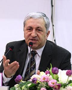 Автор - Шапи Казиев